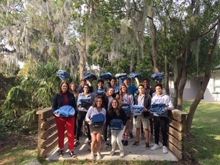 Spanish Language Students Help Local Community